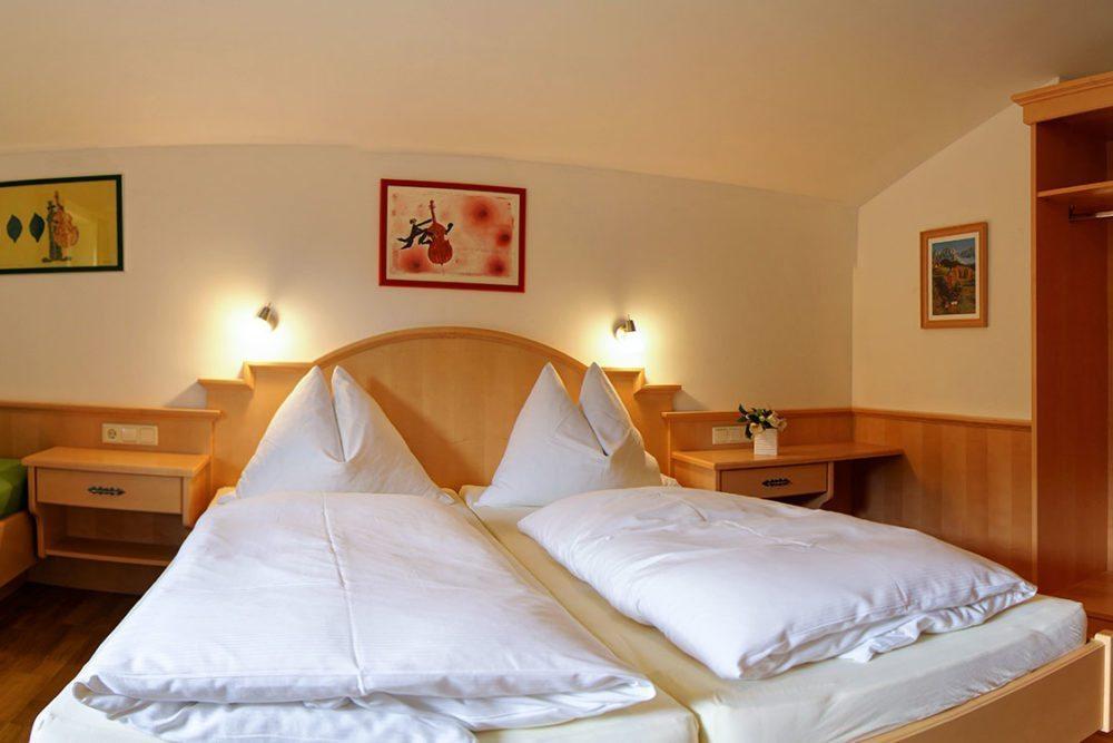 Schlafzimmer - Ferienwohnung Bischofsmütze, Haus Dachstein in Filzmoos
